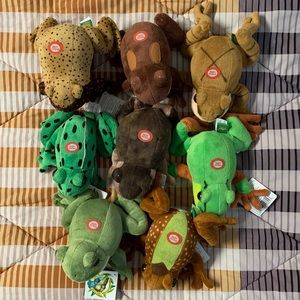 NEW Wild Republic frog toad plush set